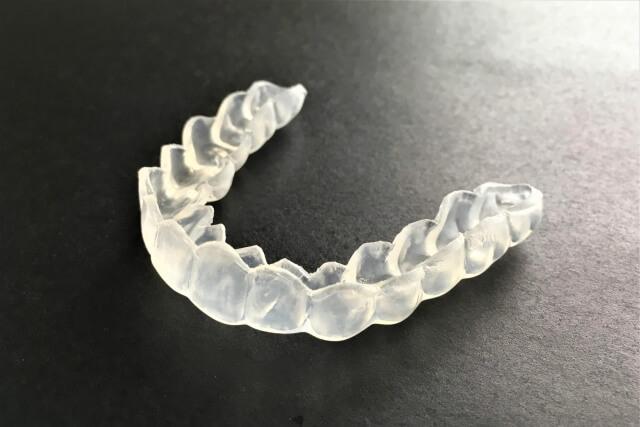 ナイトガード(歯ぎしりの治療)